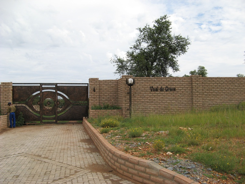 Click image for larger version.  Name:PLAAS VAAL DE GRAGE 025.jpg Views:135 Size:191.3 KB ID:65533