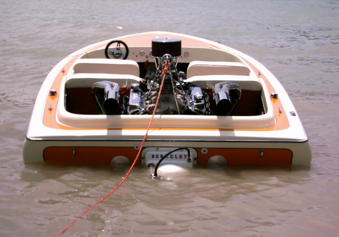 Click image for larger version.  Name:rear.boat2.jpg Views:218 Size:219.5 KB ID:115834
