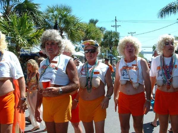 Click image for larger version.  Name:RetiredHooters.jpg Views:24 Size:58.6 KB ID:122028