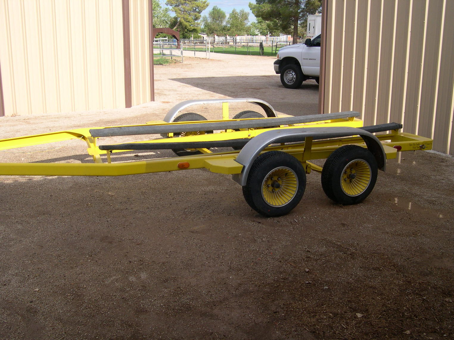 Click image for larger version.  Name:Road Trailer Tr2_2.jpg Views:133 Size:307.6 KB ID:81907
