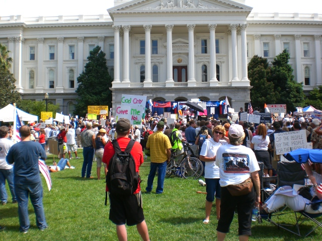 Click image for larger version.  Name:Sacto Tea Party 016.jpg Views:33 Size:235.1 KB ID:52521