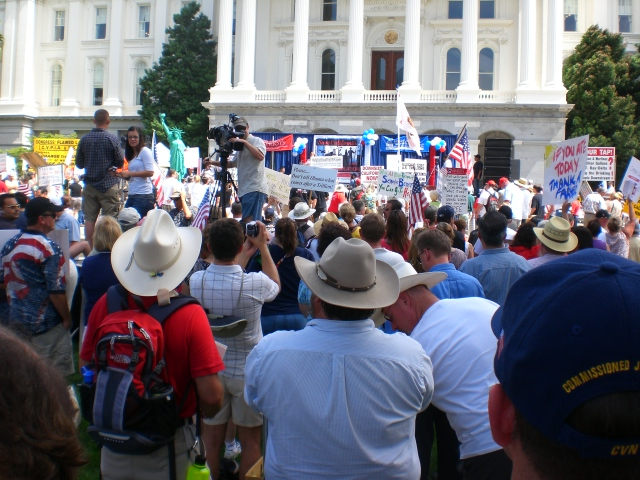 Click image for larger version.  Name:Sacto Tea Party 023.jpg Views:37 Size:231.3 KB ID:52466