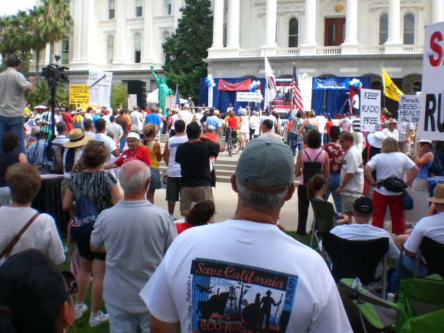 Click image for larger version.  Name:Sacto Tea Party 025.jpg Views:35 Size:231.1 KB ID:52465