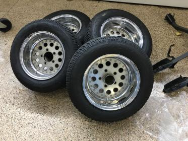 Click image for larger version.  Name:tires.jpg Views:16 Size:27.5 KB ID:1032607