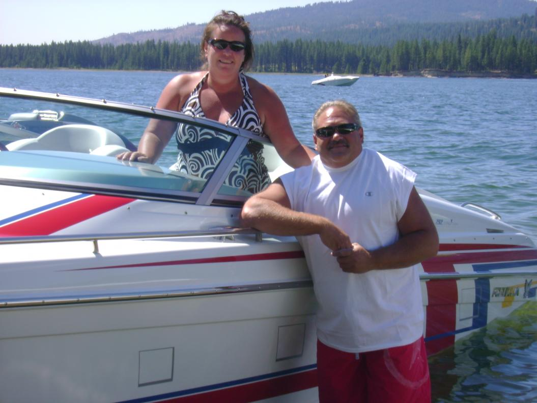 Click image for larger version.  Name:Tony & Shelley.jpg Views:109 Size:85.8 KB ID:16570