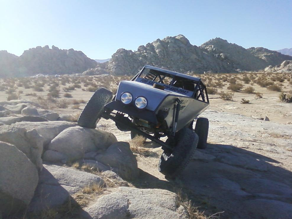 Click image for larger version.  Name:truggy 11-26 11 johnson valley 003.jpg Views:64 Size:89.6 KB ID:139818